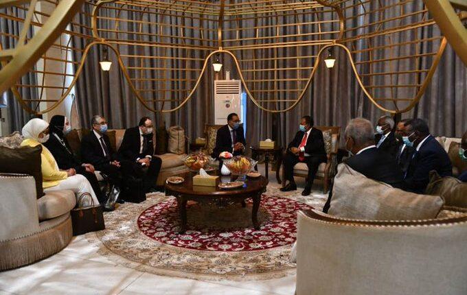 لقاء رئيس وزراء مصر بمسؤولي السودان